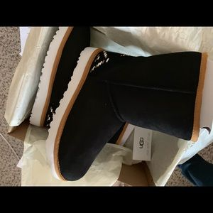 319ae2a03c6 Women s Nordstrom Rack Ugg Boots on Poshmark